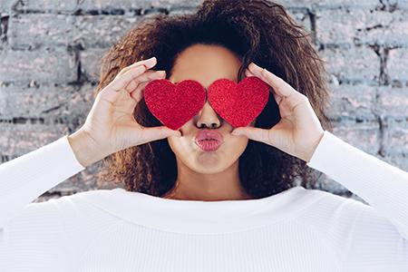 Valentinstagsvorbereitungen Schritt für Schritt